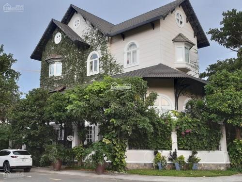 Bán biệt thự 2 mặt tiền đường Ngô Thời Nhiệm phường 6 Quận 3 DT 646m2 giá 200 tỷ