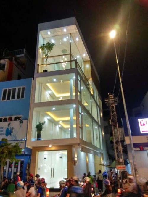Bán nhà 66 - 68 ngay Hồ Văn Huê P9 Phú Nhuận DT 10*10m, hẻm hông 6m, giá 22,4 tỷ